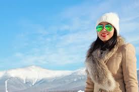 كدام رنگ عینك آفتابی مضر است؟